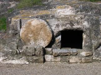 empty tomb 02